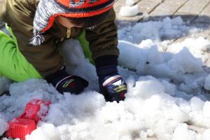 雪遊び ガーデンパーク4